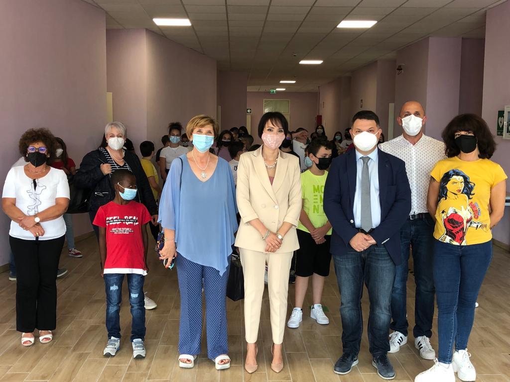 Il direttore dell'Usr Molise, Anna Paola Sabatini incontra gli alunni delle scuole di Capracotta ed Agnone